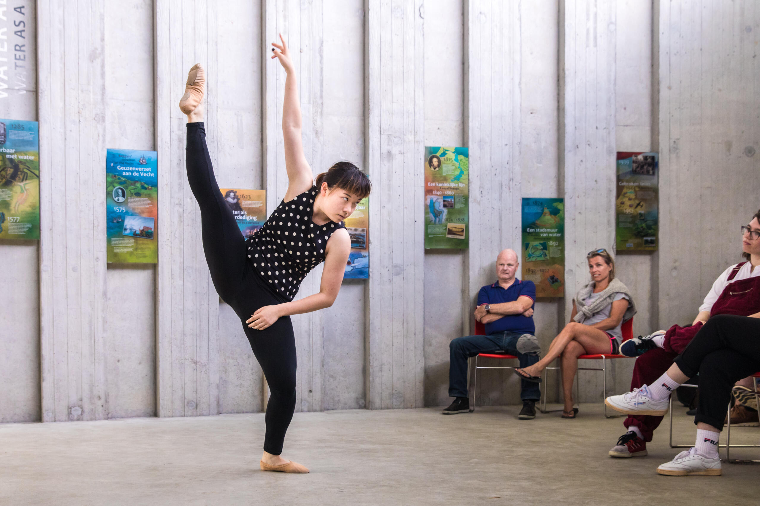 Dance theater artistic performance photographer Amsterdam Melanie lemahieu