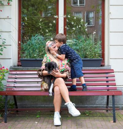 on location outdoor family photoshoot Familie fotosessie Amsterdam