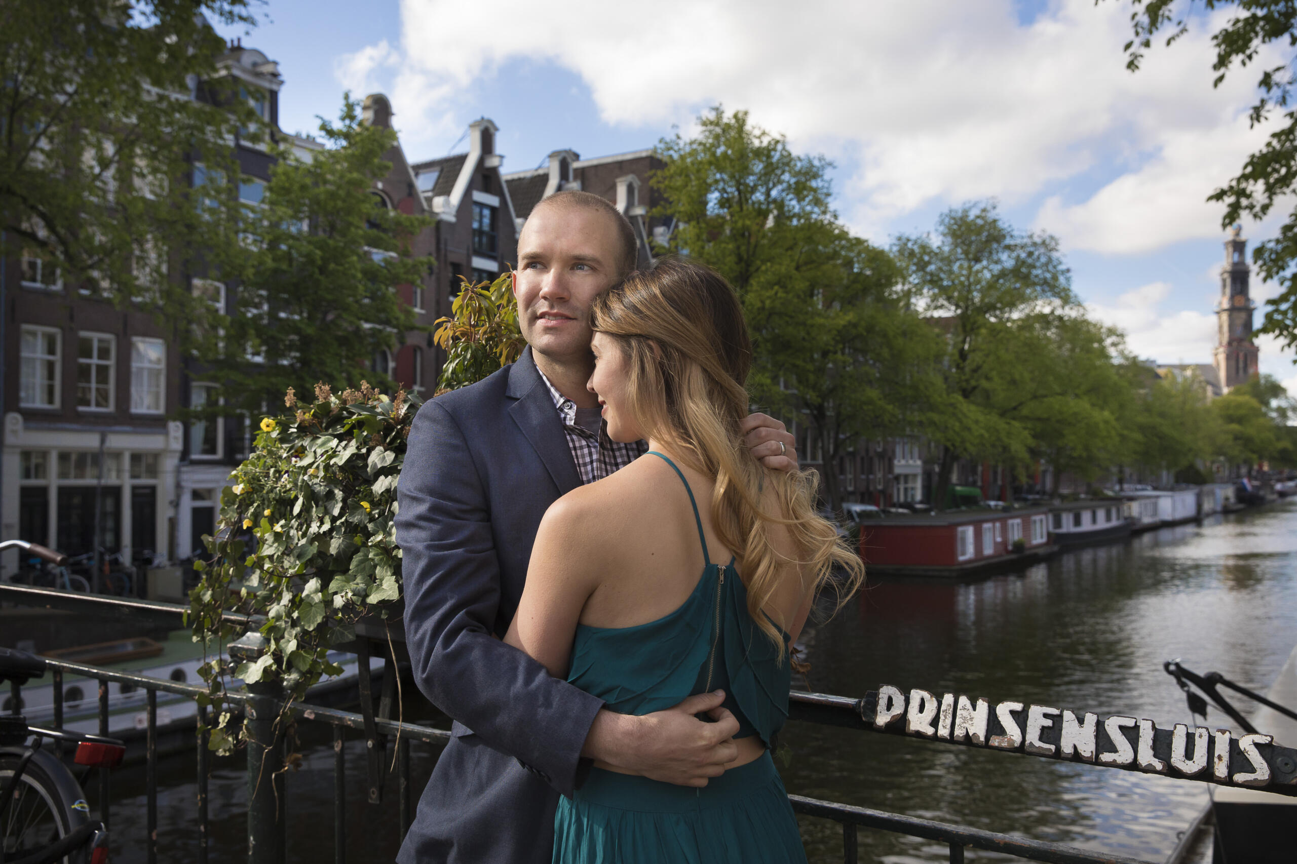 loveshoot couple photoshoot portrait spots amsterdam